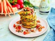 Палачинки със зеленчукова плънка от тиквички, чушки и домати